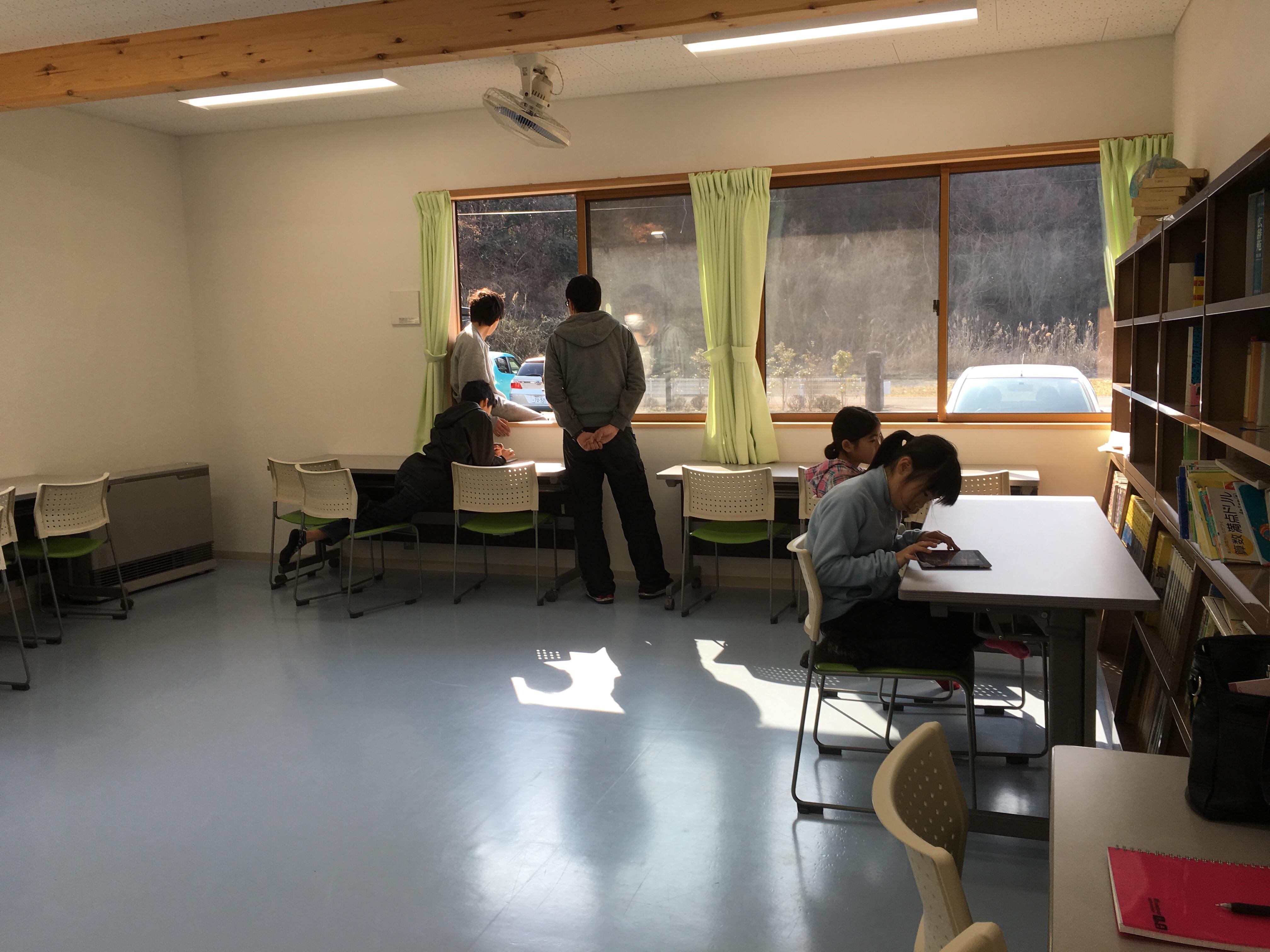 松代福祉寮での学習支援