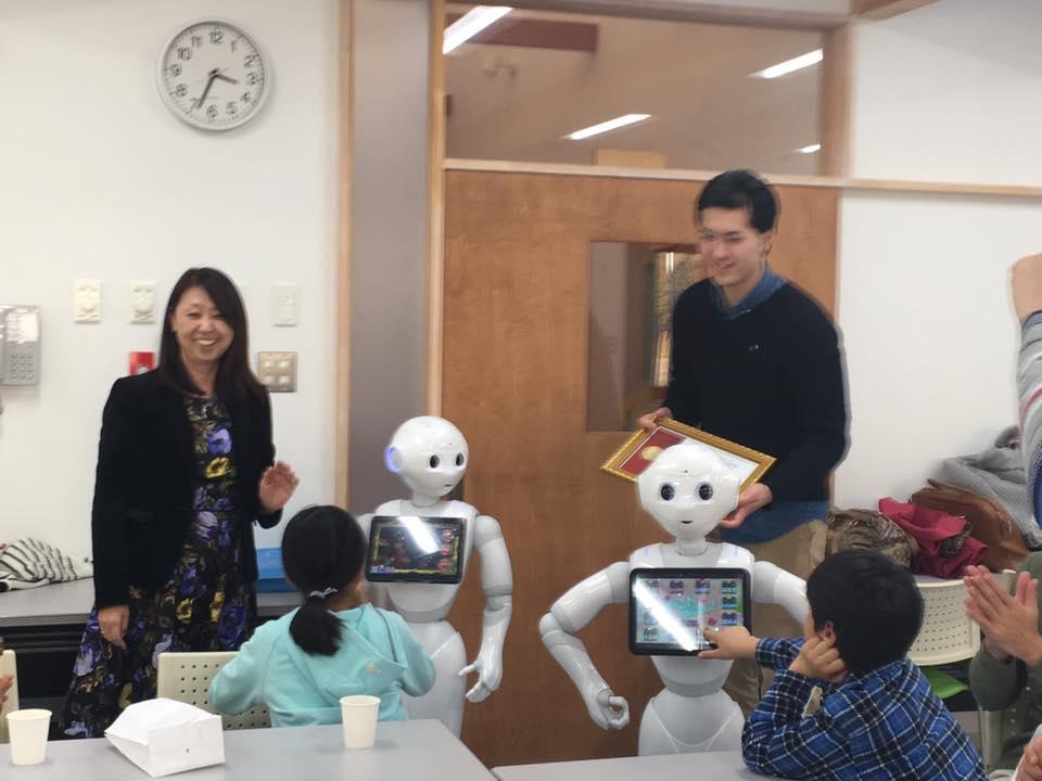 pepperとかささぎの東京ボランティア学生を招いて交流会